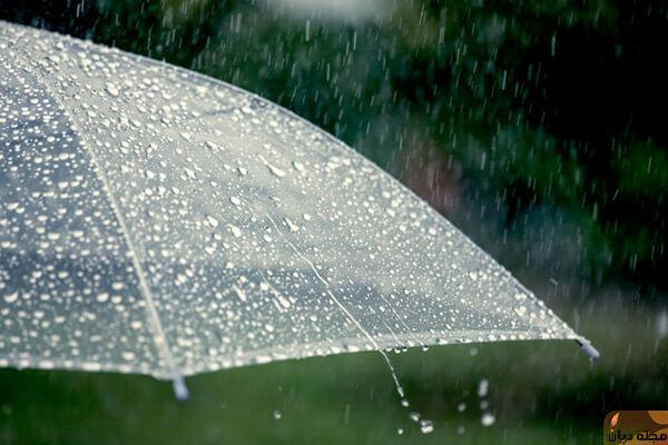 رؤية المطر في الحلم للعزباء